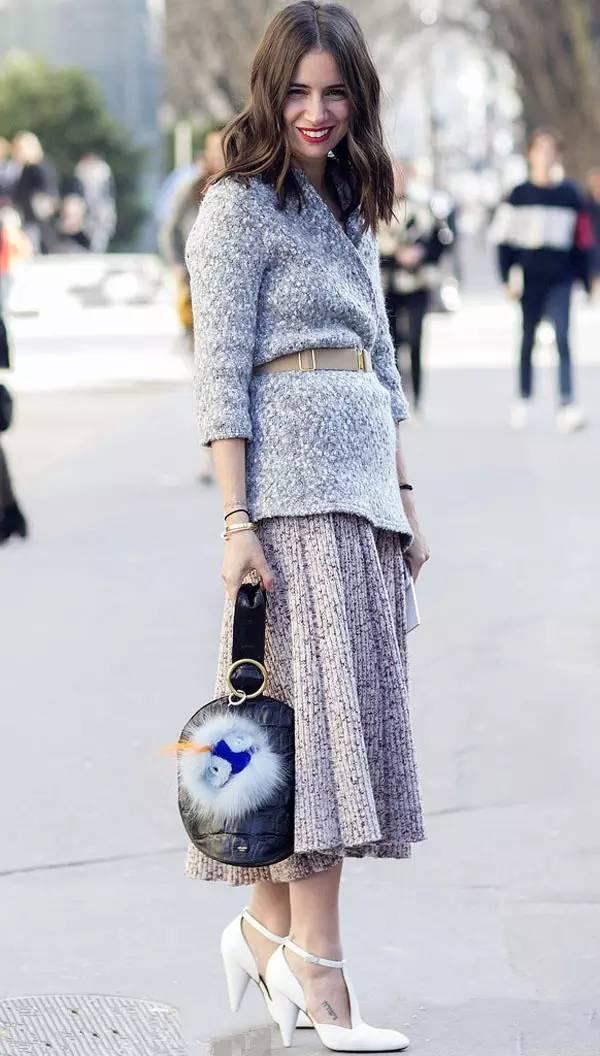 简约温暖的针织裙,让你的秋冬时尚又唯美