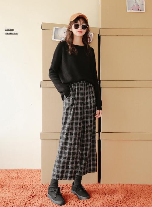「服装搭配」秋天+凹造型+营造随意慵懒的感觉 来一款针织衫可好
