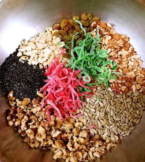 五仁月饼的青红丝是怎么来的,得知它的原材料,网友:难怪这么贵