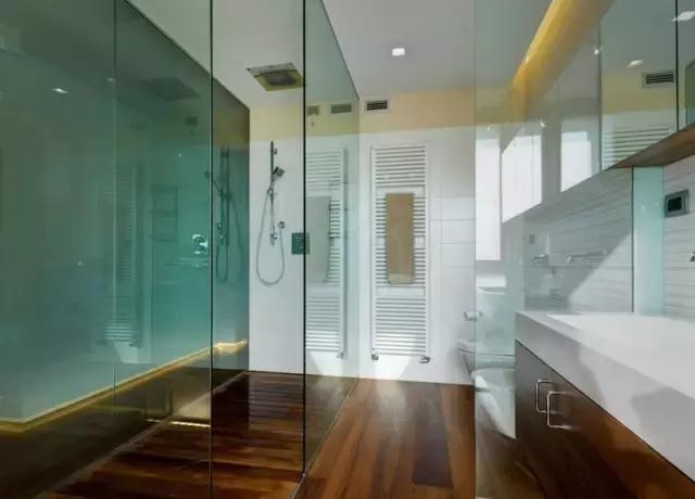 卫生间玻璃隔断注意事项