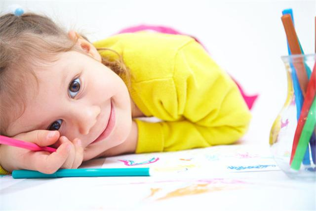 玩具怎样选、选多少?对孩子的成长有重要的作用