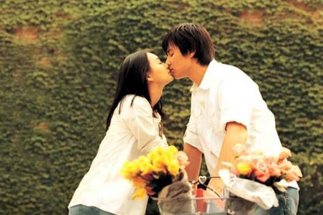 婚姻本身就是鲜花和荆棘并存,摩擦和曲折才是真相
