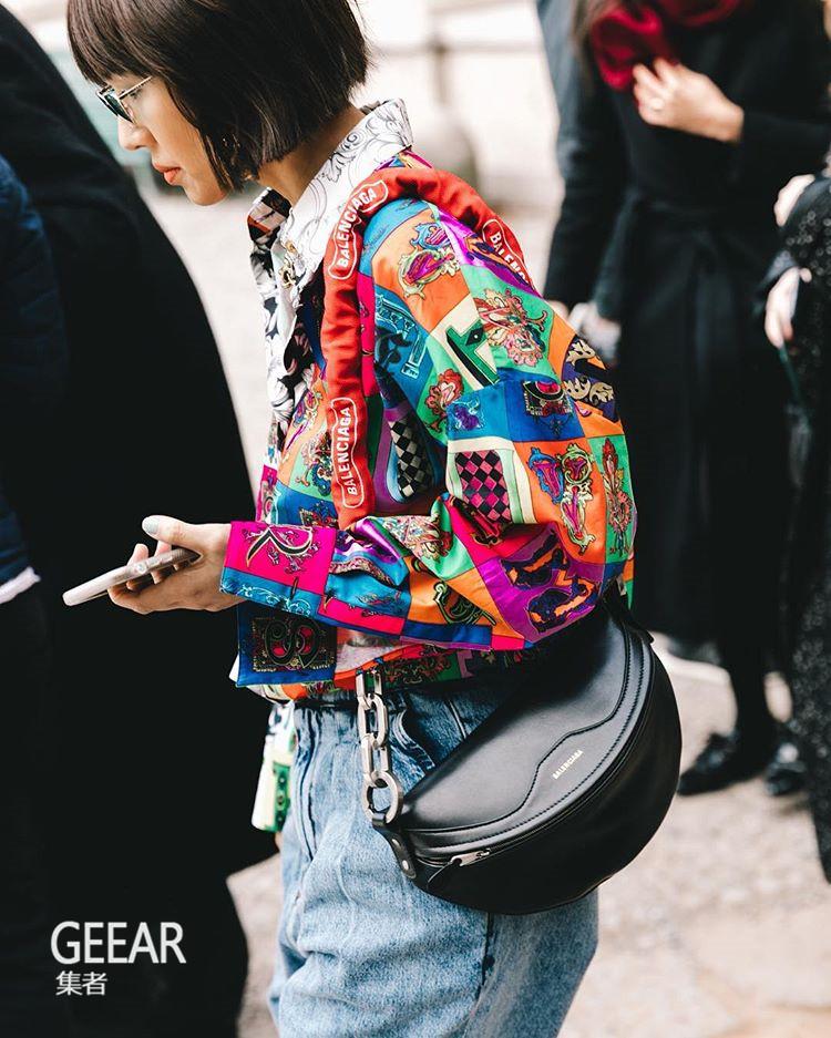 手机万博版登录的时尚地位逐渐减退,名牌It Bags会成为历史吗?
