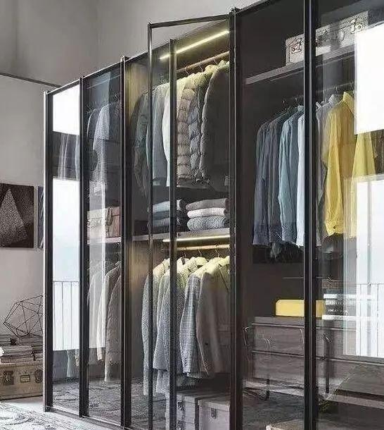 新房这样装衣柜,一个能顶三个柜子,太聪明了!