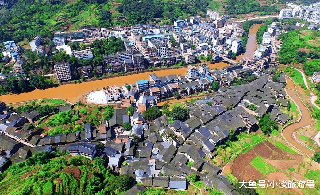 四川最美的古镇: 90%建筑都是明清时期留下的, 原汁原味的古镇