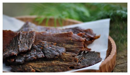 美味又受欢迎的几种肉制品,适合买回家贮存,既能解馋又能充饥