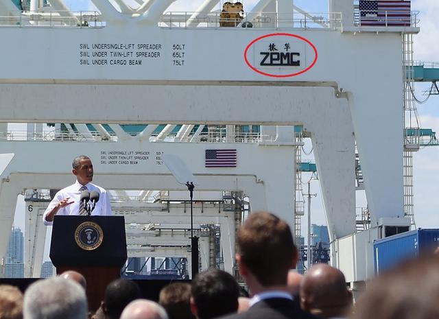 中国制造的骄傲:美军最先进战舰下水 旁边的起重机是我们造的