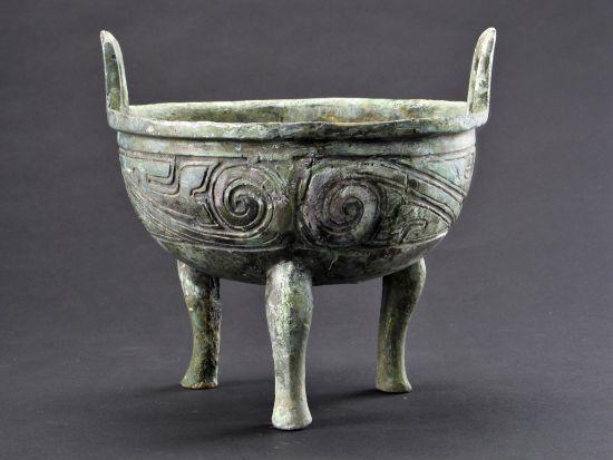 国之重器,大禹铸造的九鼎上有什么图案?