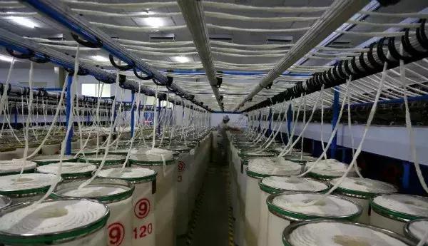 新野县:以技术创新为动力 推动纺织服装产业转型升级