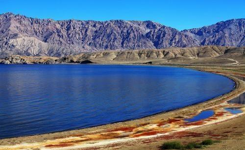 """中国最""""爱国""""的湖,印度控制三分之一是咸水,中国却是甘甜淡水"""