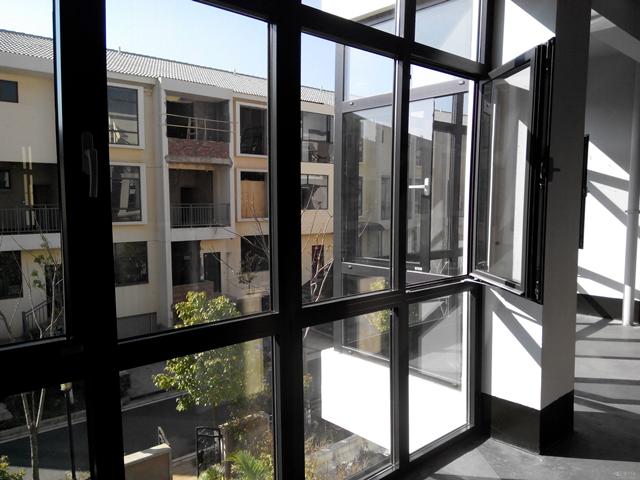 广州装修公司告诉你:铝合金门窗安装步骤有哪些?