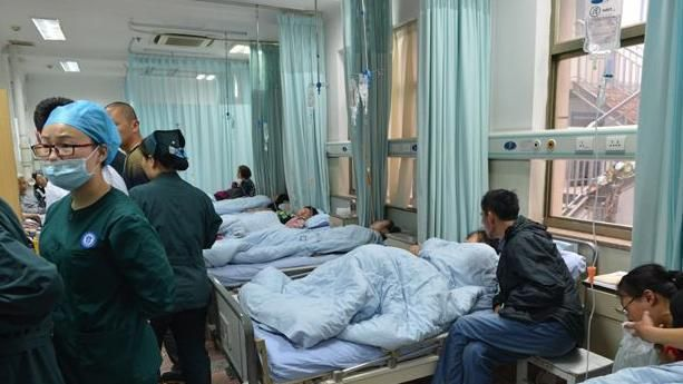 4岁孩子咬破温度计,宝妈的做法,让一家人都住进了医院