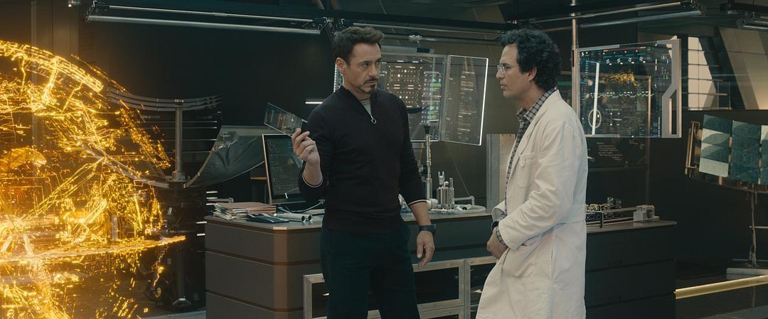 美国队长抱怨高科技,钢铁侠立刻叫人帮忙,网友:这是真爱