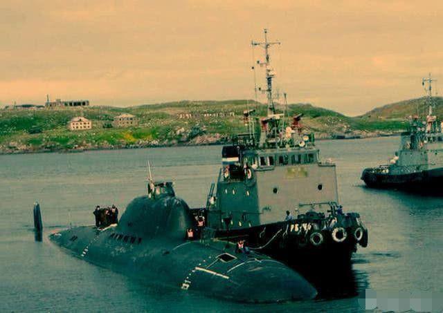 超越时代的核潜艇:高速自动化水下歼击机,吨位最小下潜最深