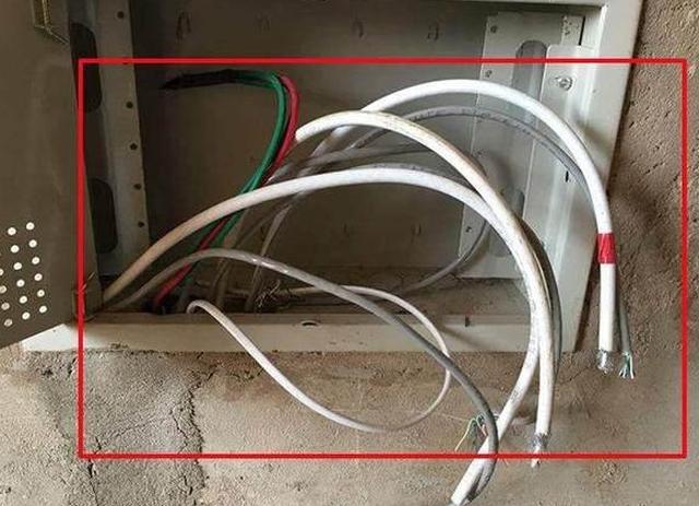 33年老电工有话说,小户型弱电箱万万不能省,好多人没装后悔了!