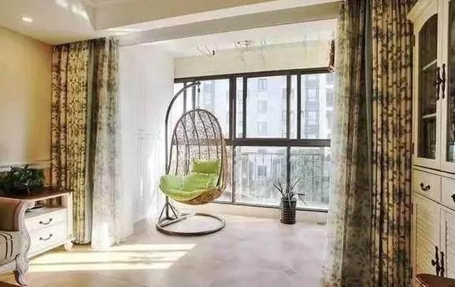 老公只是把阳台包进客厅只装纱窗,没想到效果这么好看!(图9)