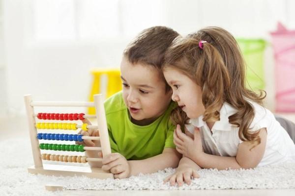 从小让孩子学会这几个礼仪 孩子将会受益一生!