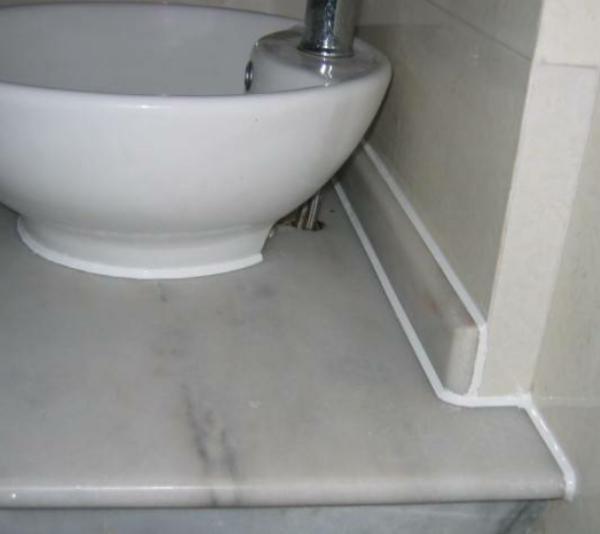 卫生间别用玻璃胶,用这个实用耐看不发霉
