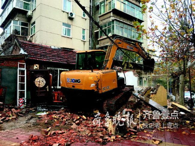 """济南:绕城高速内禁用""""黑尾""""挖掘机 违者将被罚"""