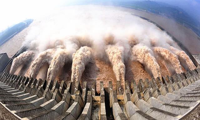 """中国""""最大""""的发电站,发电容量2250万千瓦,位居世界第一"""
