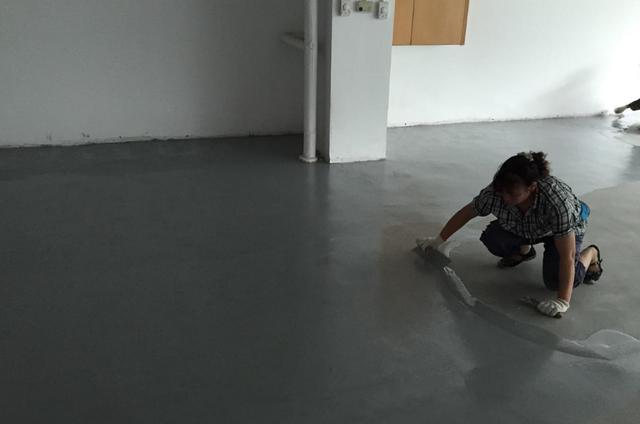 """现在没人选择这种地面,就这样的地板""""漏洞百出"""",还""""它""""试试"""