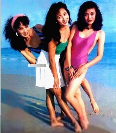 80年代大陆女星青涩泳装照:巩俐清纯无双,朱琳美艳动人