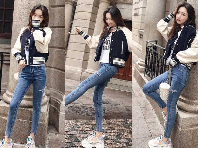 夹克外套+牛仔裤,今年秋冬最流行的穿搭法,青春feer十足!