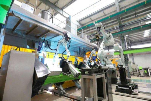 全球最大塔机智能工厂开园 中联重科引领行业智能制造迈上新台阶