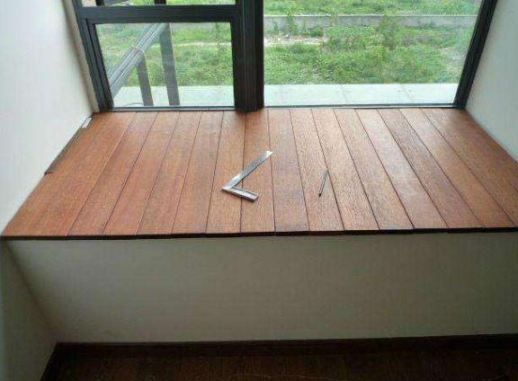 飘窗装修还铺大理石太过时了,看完这种新做法,效果太好看了!