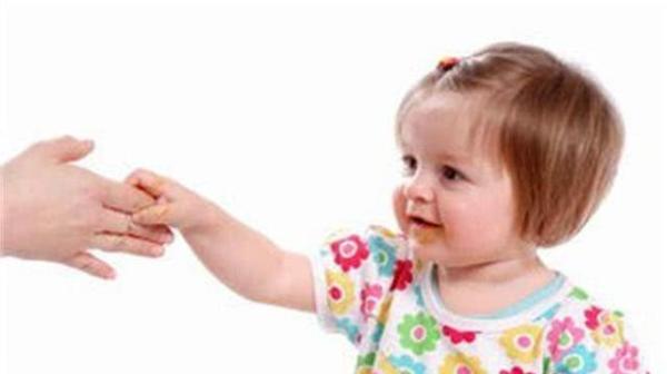 育儿法宝:礼仪很重要,6岁之前要教会孩子这些礼仪