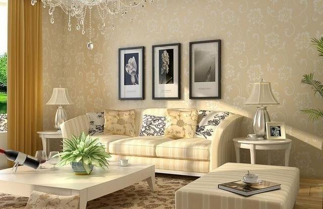 装修墙面不要贴墙纸了,有钱人流行用这种代替,美观又不翘边
