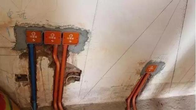 水电改造这12处都装错哪里找的三流水电工这是装修还是拆家
