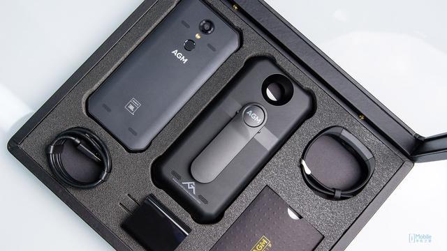 JBL4扬声器、IP68防水防尘、附赠安全锁 AGM H1 礼品版图赏