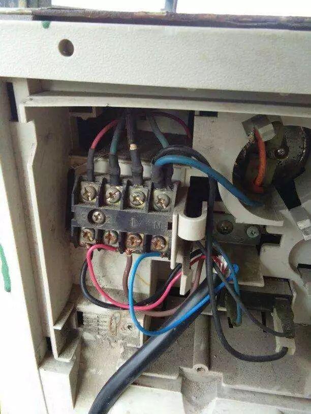冰箱维修技能:抽空加制冷液的方法与要领