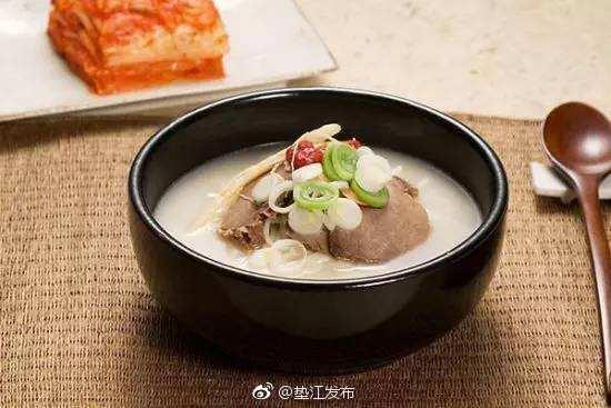 膳食推荐:黄芪牛肉汤。原料:牛肉1000克,黄芪、党参各12克。配料