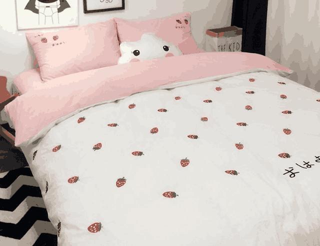心理测试:4套床上用品,你最喜欢哪套?测试你的心理年龄有多大