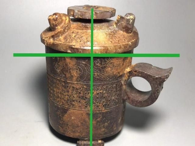 如何从古代玉雕器皿造型结构上判断真伪