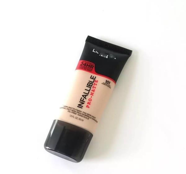 油皮痘肌适用的底妆产品有哪些?