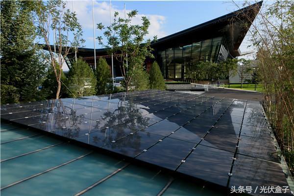 画风如此清奇,光伏一体化建筑节能又美观!!